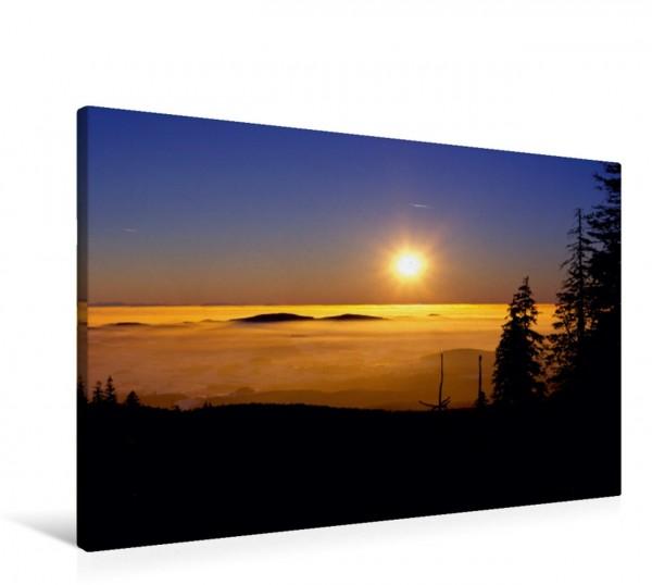 Wandbild Sonnenuntergang über Wolkenmeer Sonnenuntergang auf dem Berg Dreisessel im Bayerischer Wald Deutschland Europa Sonnenuntergang auf dem Berg Dreisessel im Bayerischer Wald Deutschland Europa