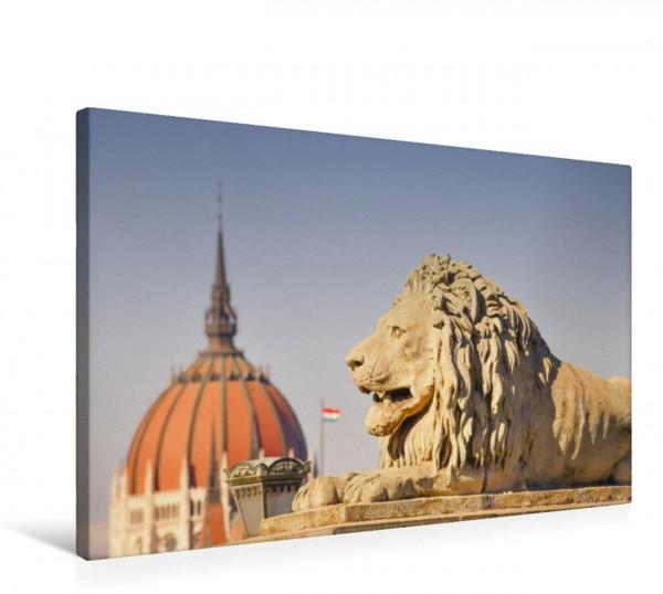 Wandbild Komprimierte Perspektive vom Parlament und vom Löwe auf der Kettenbrücke, Széchenyi lánchíd