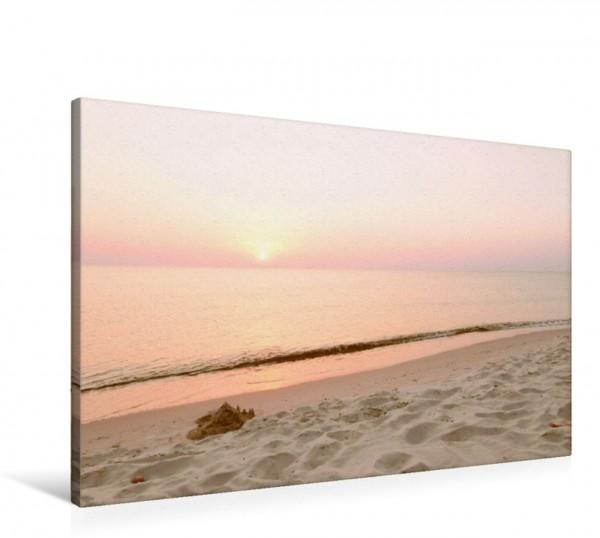 Wandbild Die Ostsee ist bekannt für ihre romantisch goldenen und orangefarbenen Sonnenuntergänge Kurische Nehrung: am längsten Ostsee-Strand Kurische Nehrung: am längsten Ostsee-Strand