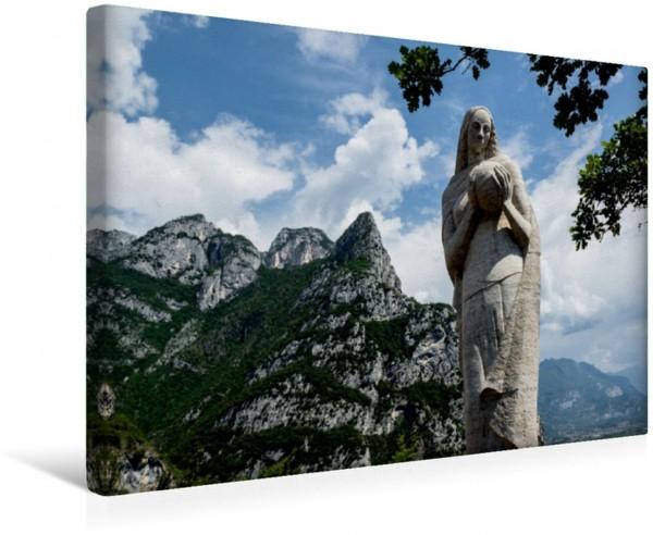 Wandbild Weiße Madonna, Pregasina Statue der weißen Madonna mit Weltkugel Statue der weißen Madonna mit Weltkugel