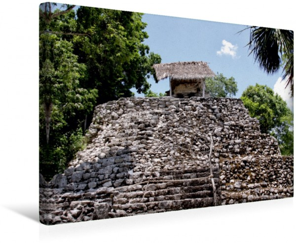 Wandbild Pyramide über dem Urwaldteppich