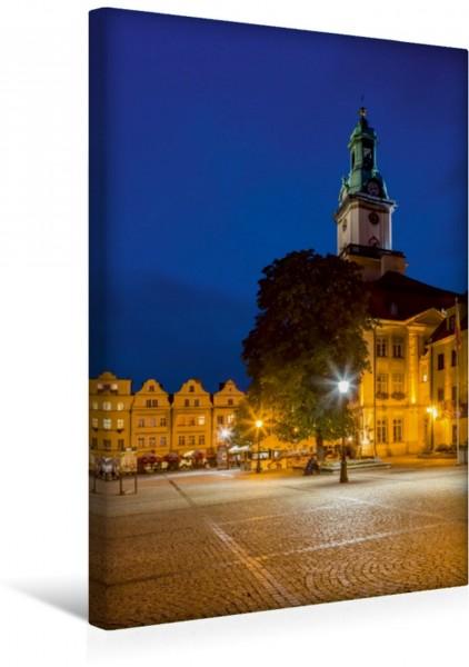 Wandbild HIRSCHBERG Rathaus und Marktplatz am Abend Friedliche Abendstimmung im Altstadtherzen von Jelenia Góra Friedliche Abendstimmung im Altstadtherzen von Jelenia Góra