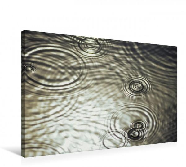 Wandbild Regenringe auf dem Fluss Peene, Mecklenburg-Vorpommern, Deutschland Ein poetisches Foto von Licht und Wasser Ein poetisches Foto von Licht und Wasser