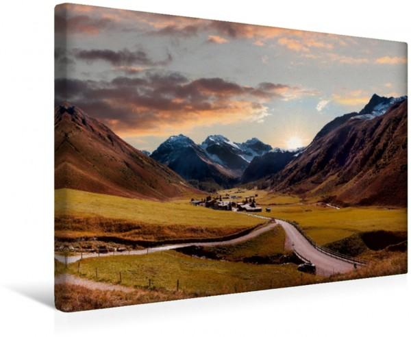 Wandbild Romantische Alpenlandschaft Sertigtal nahe Davos bei Sonnenuntergang
