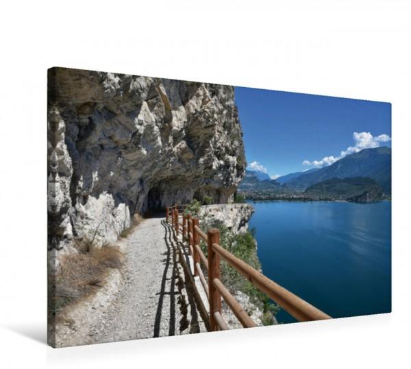 Wandbild Alte Ponalestraße bei Riva del Garda Aussichtsreicher Höhenweg mit Gardaseeblick Aussichtsreicher Höhenweg mit Gardaseeblick