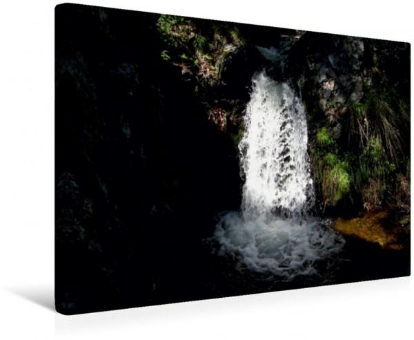 Wandbild Licht und Schattiges Wasserfall Wasserfall