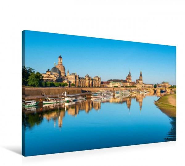 Wandbild Dresden mit Kunstakademie, Frauenkirche, Hofkirche und Residenzschloss an der Elbe