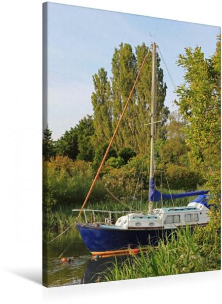 Wandbild Segelboot auf dem River Frome Segelboot auf dem River Frome Grafschaft Dorset Südengland Segelboot auf dem River Frome Grafschaft Dorset Südengland