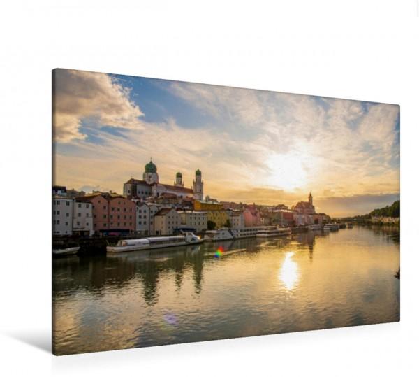 Wandbild Passau erstrahlt im Sonnenuntergang