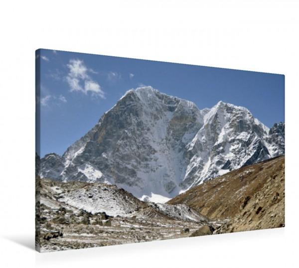 Wandbild Der Taboche 6502 m zwischen Dughla und Lobuche auf 4900 m Höhe Grandioser Himalaya Bergriesen in Nepal von Ulrich Senff Grandioser Himalaya Bergriesen in Nepal von Ulrich Senff