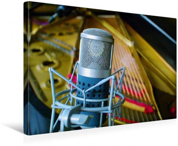 Wandbild Tonstudio - Mikrofon vor Konzertflügel