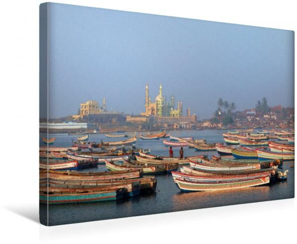 Wandbild Blick über den Fischereihafen in Vishinjam im südindischen Kerala