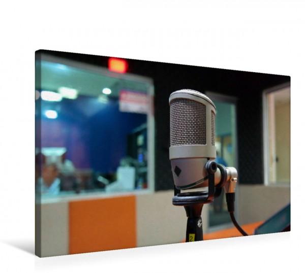 Wandbild Achtung Aufnahme! - Mikrofon im Tonstudio